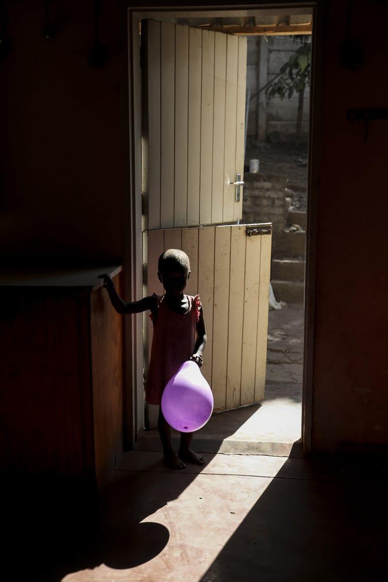 Zimbabwe girl baloon