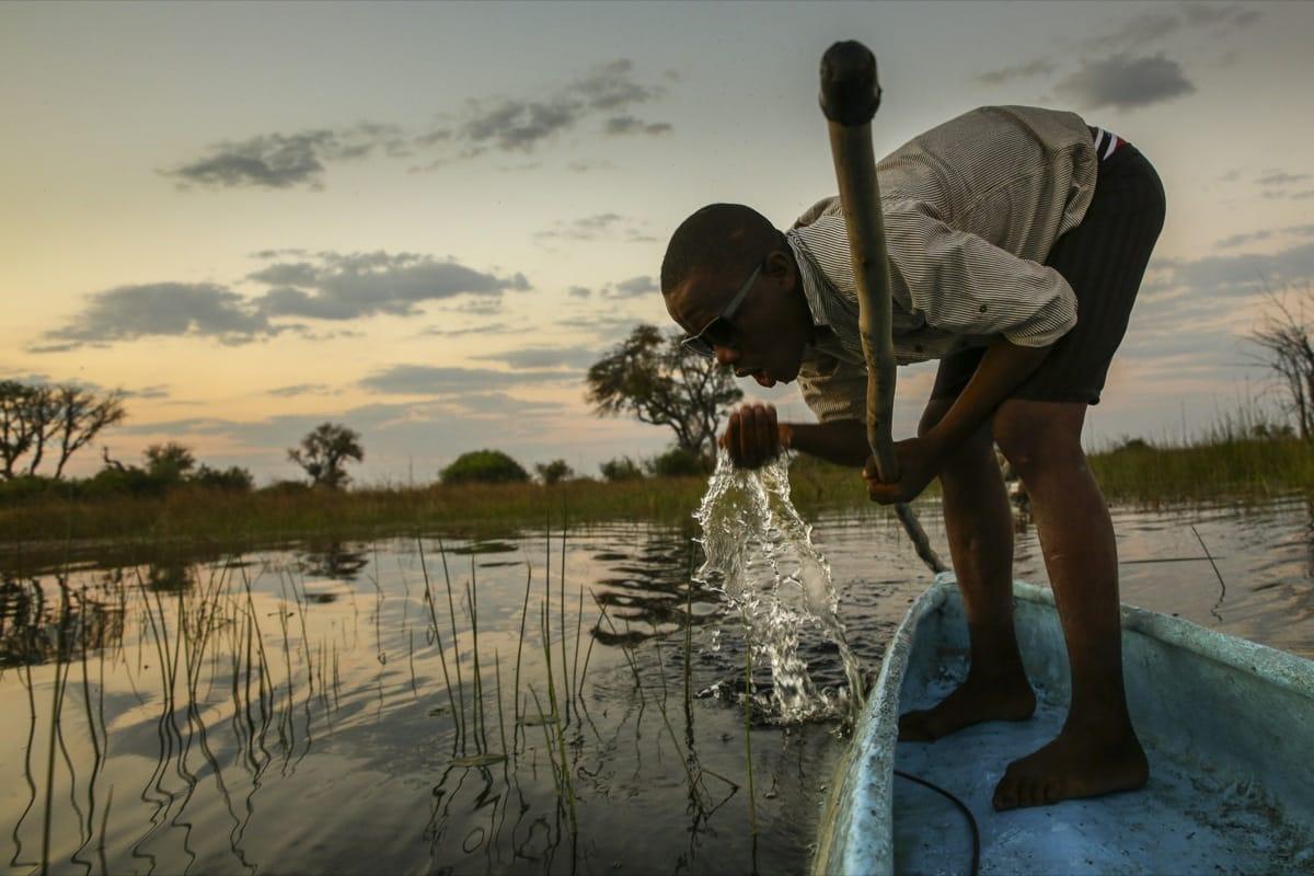 Botswana okavango boat river
