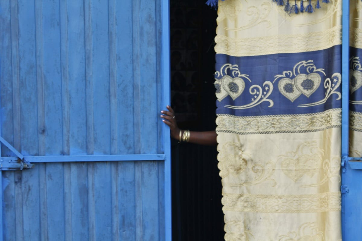 Ethiopia woman hand