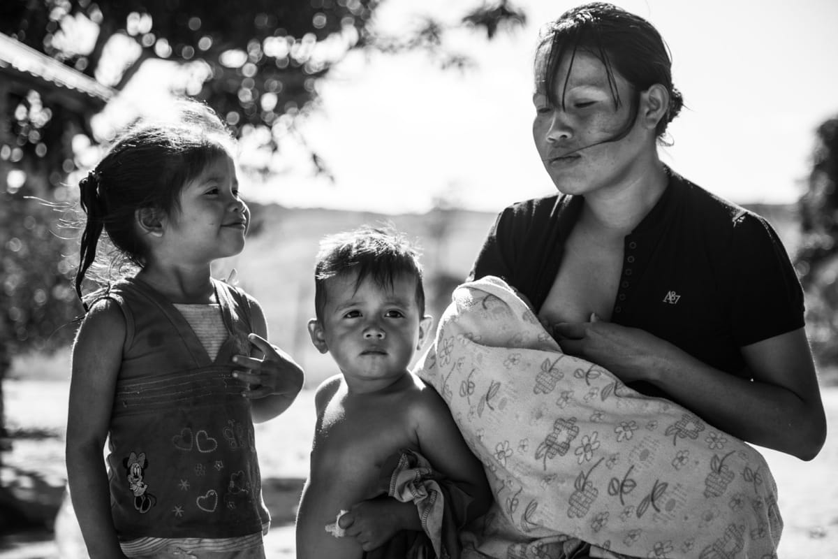 Venezuela mother breastfeeding
