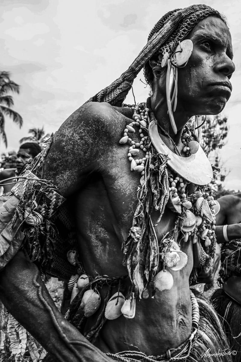 Papua New Guinea canibalism tribe
