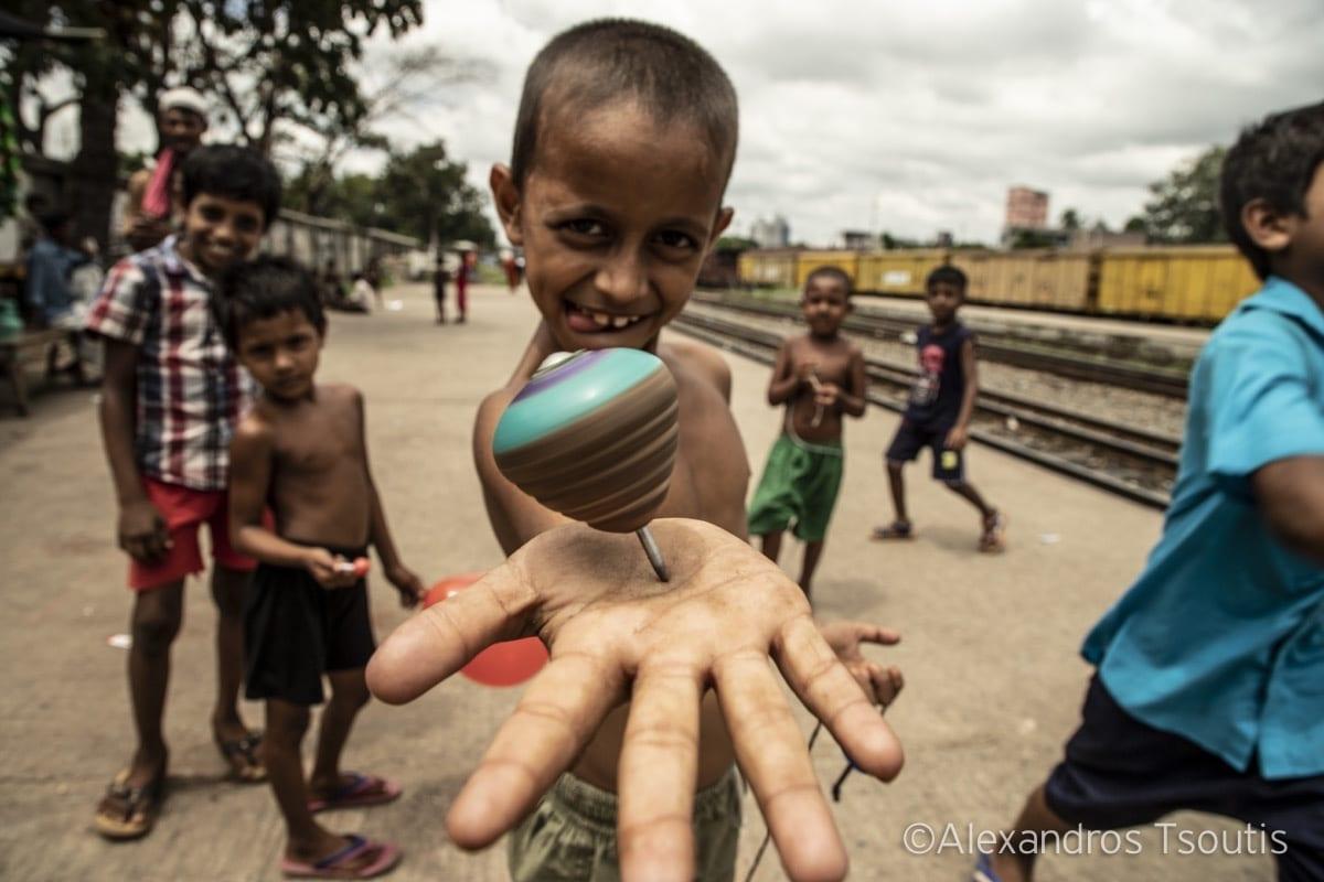Bangladesh slums kid